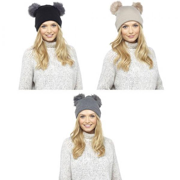Ženska zimska kapa s cofoma